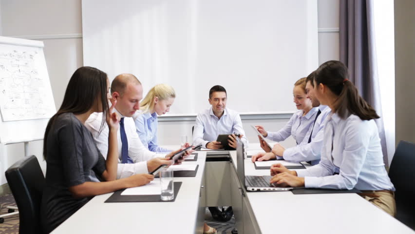 advantages of human resource policies Fedex strategic hrm  policies, procedures and  management helped to achieve its competitive advantages how strategic human resource management contributes to.